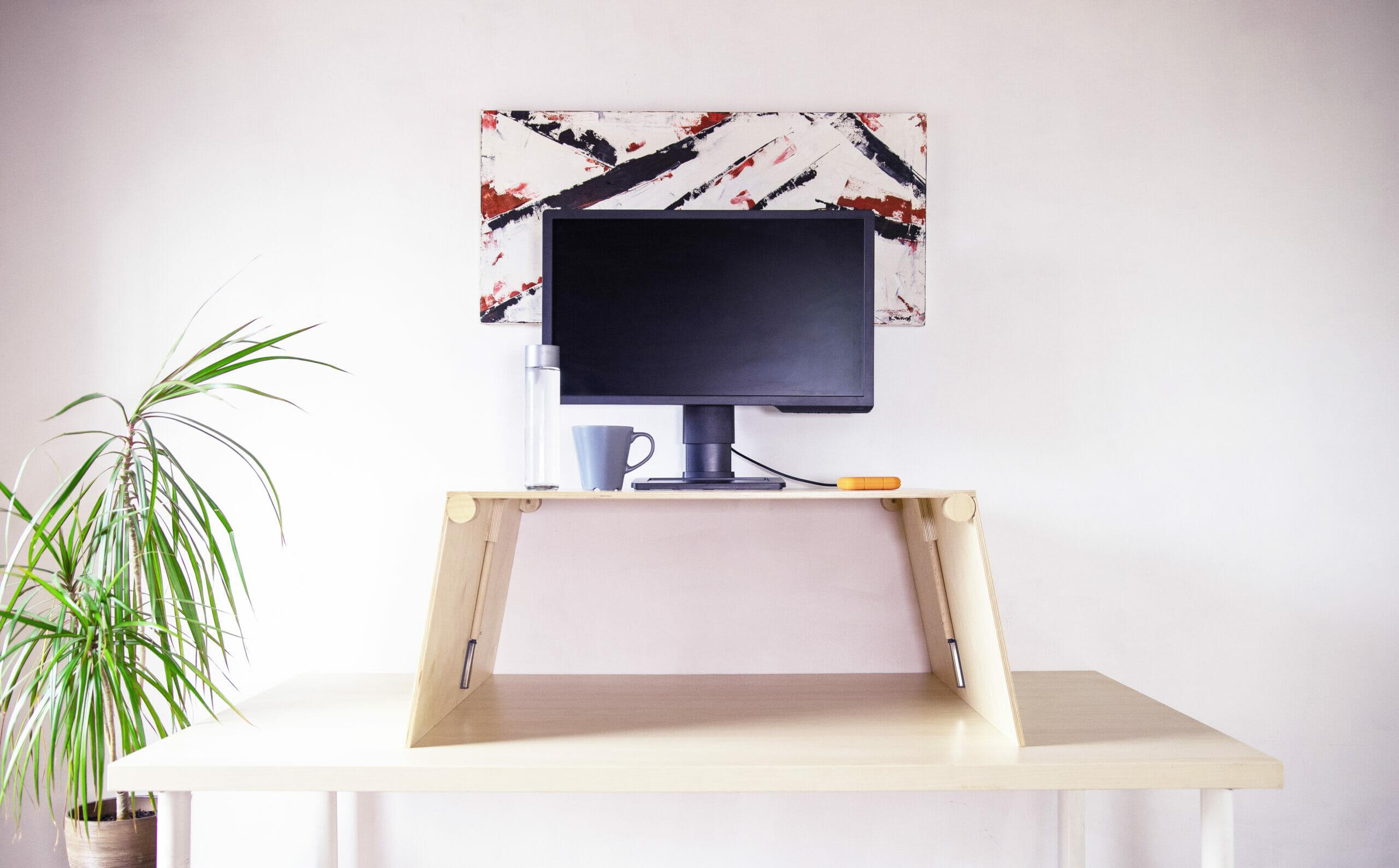 Fa emelhető asztal otthoni
