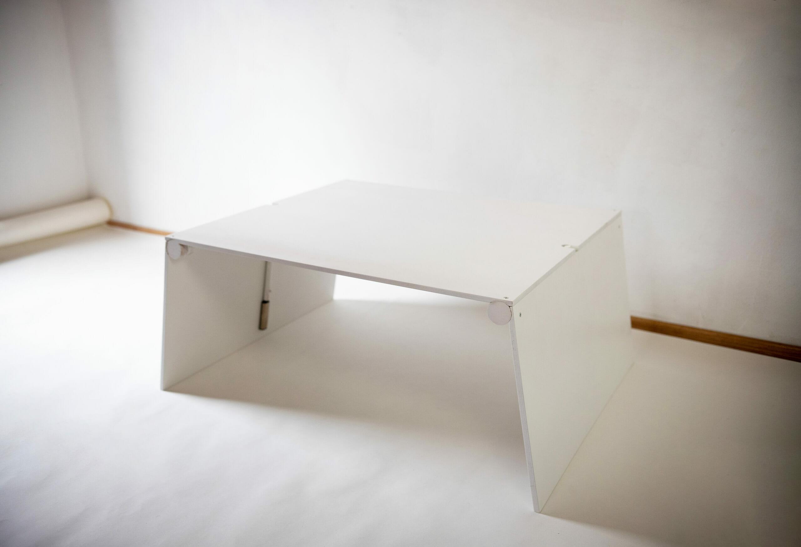LifTable fehér emelhető asztal