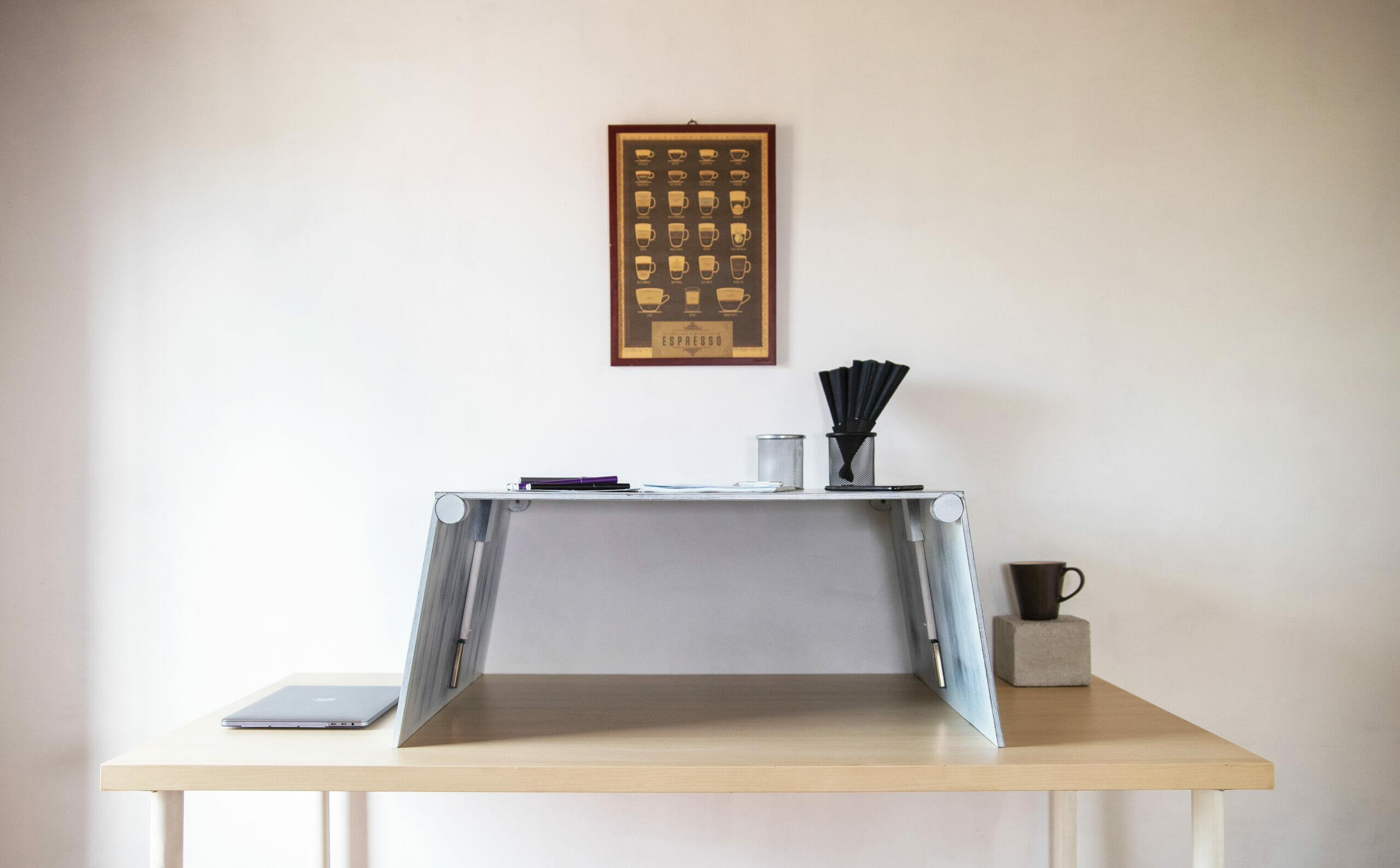 Antik-fehér emelhető asztal
